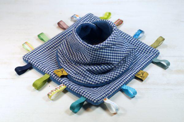 címkepárna, bandana, nyálkendő, rongyi, szett, baba sál, egyedi, újrahasznosított