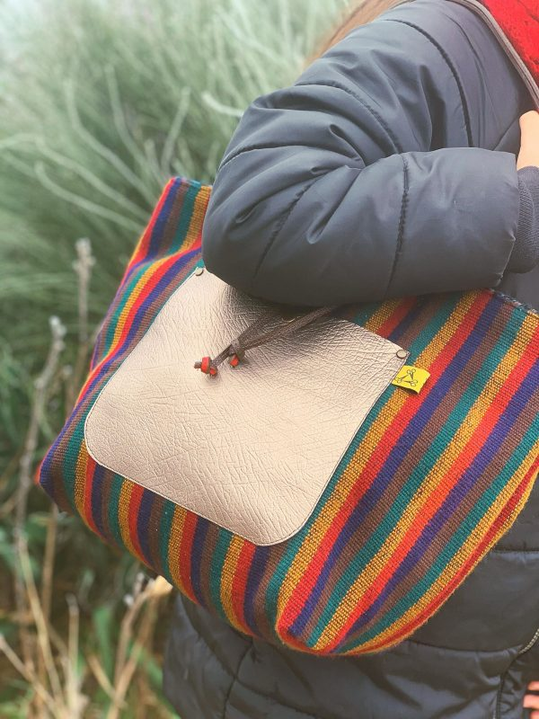 újrahasznosított, kifordítható, shopper, valódi bőr, egyedi táska, csíkos