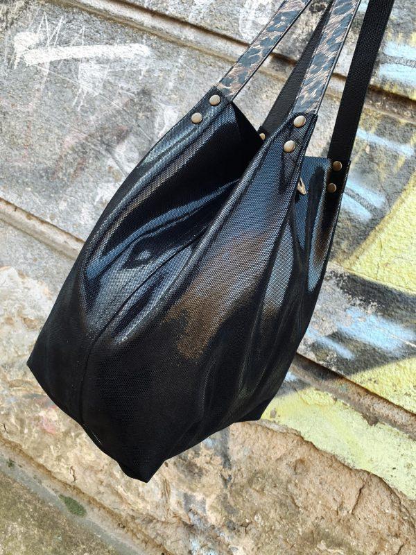 fekete táska, állatminta, egyterű, shopper, válltáska, kézitáska, valódi bőr, bőr táska, egyedi, kézzel készült, magyar termék